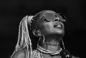Mary J. Blige rinasce come donna ma non come artista in Strength of a Woman