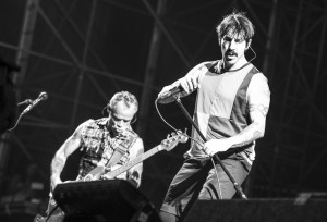 La scaletta e le foto dei Red Hot Chili Peppers in concerto a Milano