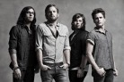Kings Of Leon, ascolta la cover di Dancing On My Own di Robyn