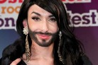 Conchita, la drag queen con la barba che stupisce l'Eurovision Song Contest