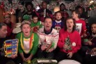 Gli One Direction cantano <i>Santa Claus Is Coming To Town</i> con Jimmy Fallon