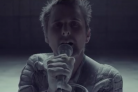 L'eleganza epica dei Muse nel video di Dead Inside
