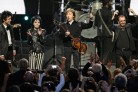 Beatles, Green Day e Dave Grohl cantano insieme <i>With A Little Help From My Friends</i>