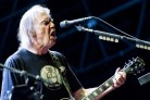 Neil Young le canta a Donald Trump