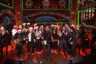 Gli auguri di Natale di Bruce Springsteen al Saturday Night Live (con Paul McCartney)