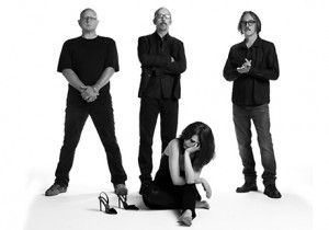 Garbage nuovo video Blood For Puppies