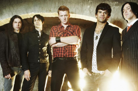 queens of the stone age tour 2013
