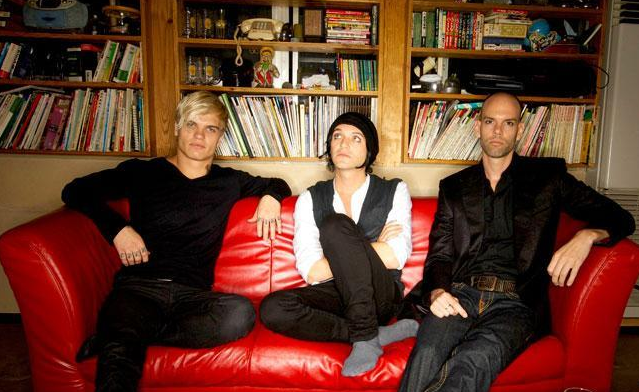 placebo nuovo album 2013 loud like love