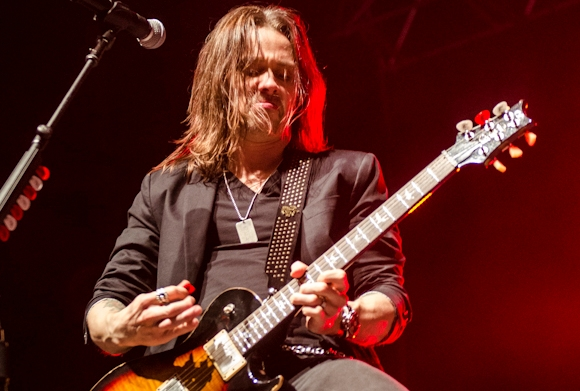 rock-in-idro-2014-alter-bridge