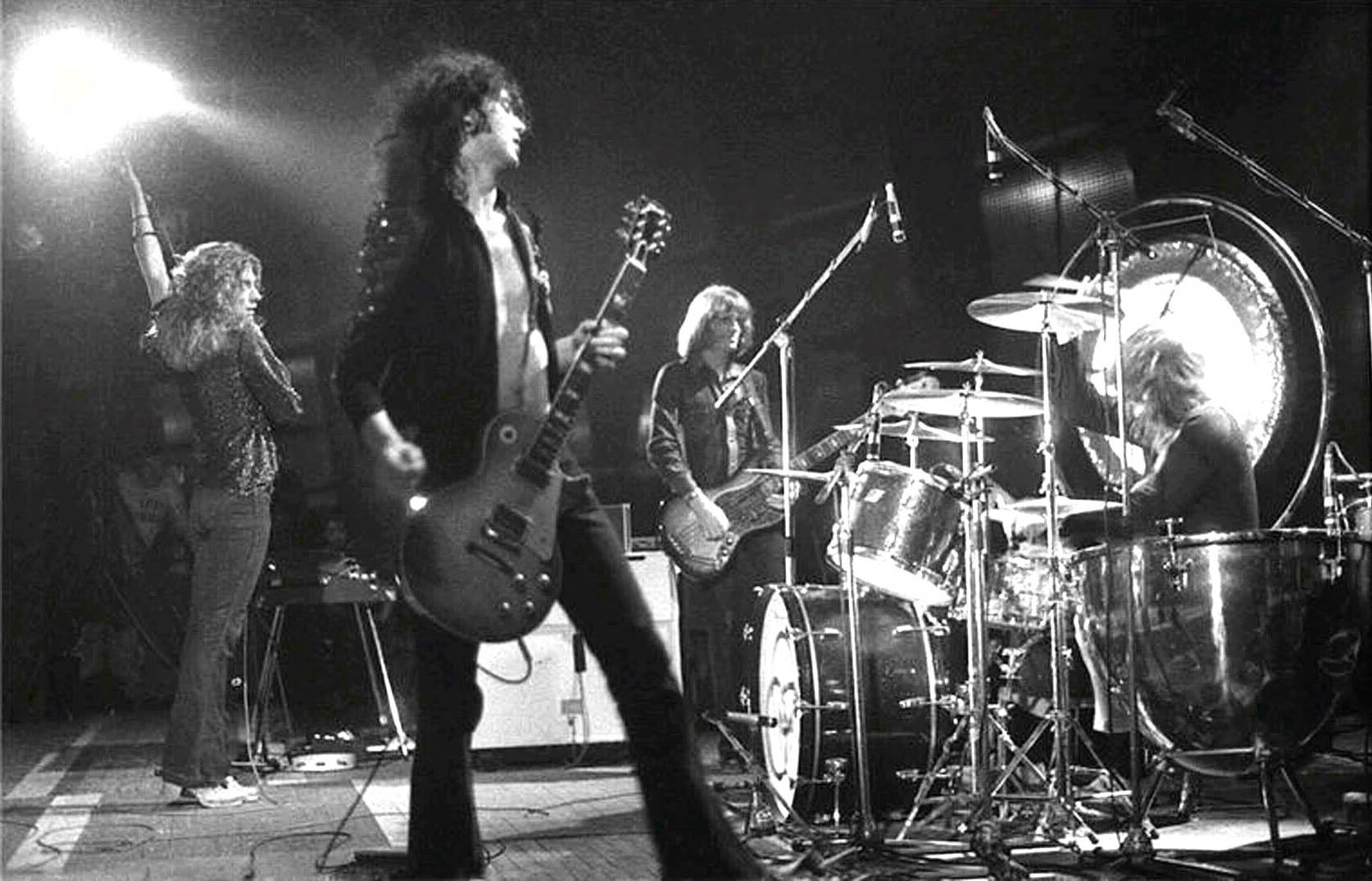 Led Zeppelin Whole Lotta Love