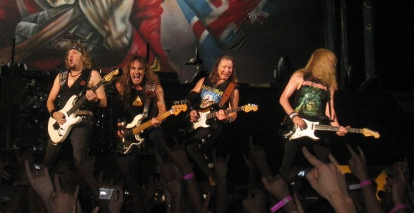 iron-maiden-pit-package-rock-in-idro