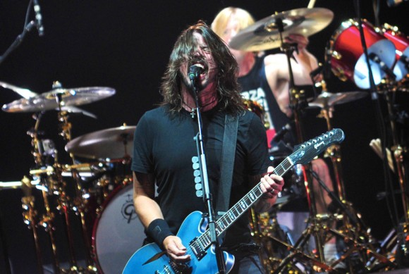Foo-Fighters concerti crowdfunding