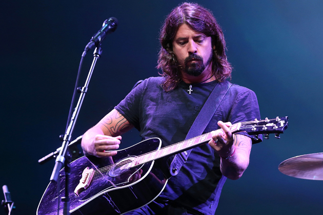 Foo Fighters cover Rolling Stones Dylan