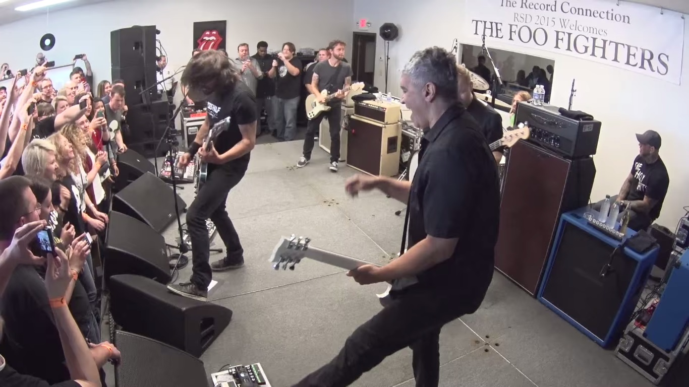 foo fighters documentario record store day
