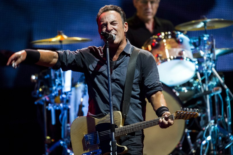 bruce-springsteen-balla-con-mamma-video
