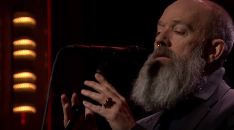 michael-stipe-tributo-david-bowie-jimmy-fallon
