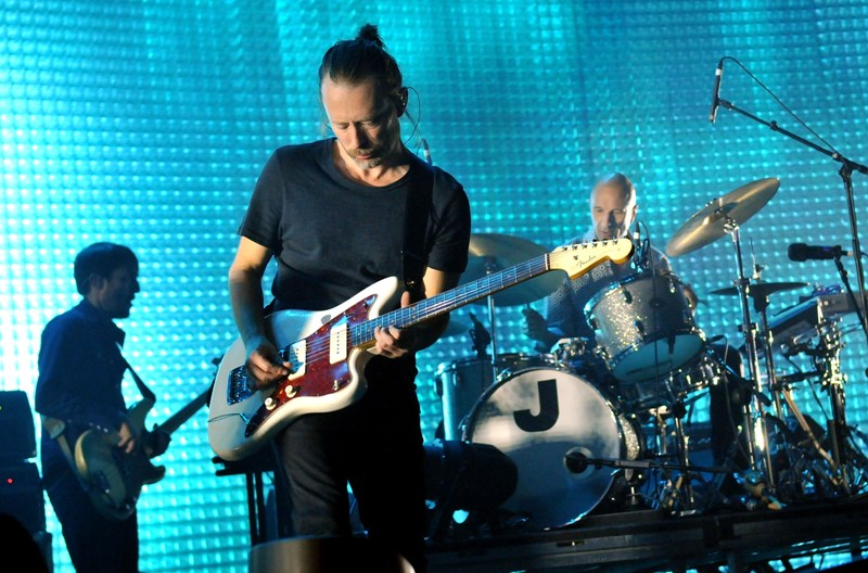 radiohead-plagio-video-burn-the-witch