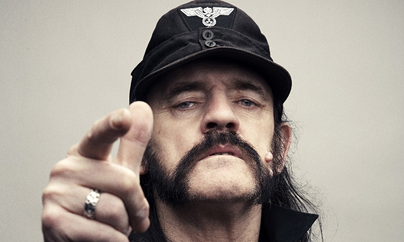 lemmy-kilmister-statua rainbow bar