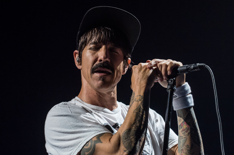 red hot chili peppers bologna torino 2016 best of